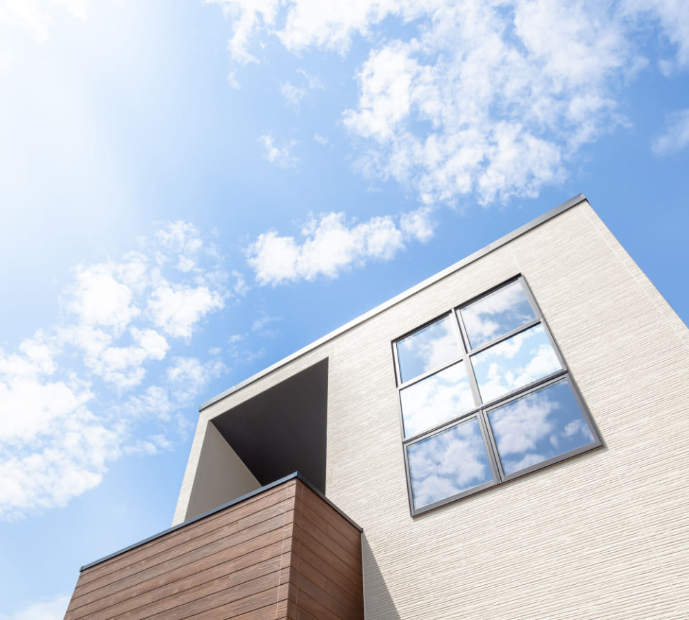お客様が本当に満足する家づくりを建築のプロが末長く快適な住環境をつくるお手伝いをしています。
