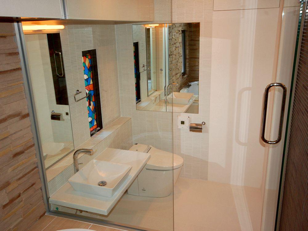 疲れを癒すリゾートな空間-洗面・浴室・トイレ【S邸】
