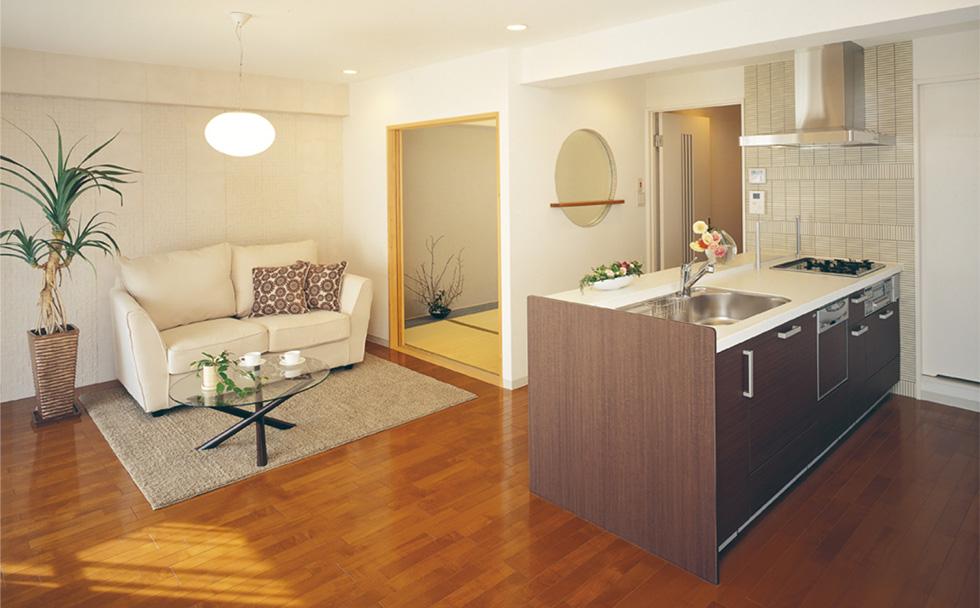 「モダン」をキーワードに、住空間をトータルにデザイン。